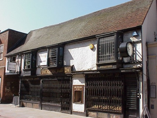 View of 1480s building, Jackson jewellers on Watford High Street   Watford Museum