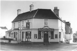 The New Victoria Pub on Corner of Queens Road. Quiet. | Watford Museum