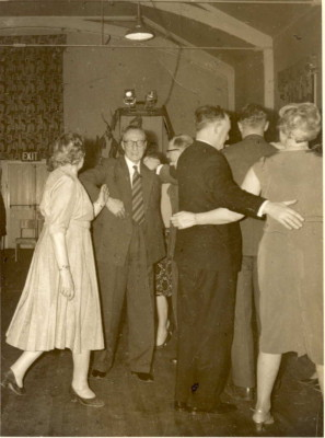 Couples dancing at a leisre centre in Watford. | Watford Museum Archive